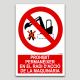 Prohibit permanèixer en el radi d'acció de la maquinària