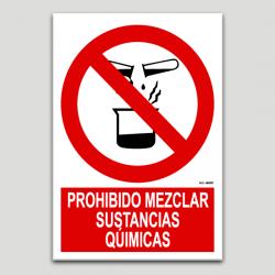 Prohibido mezclar sustancias qúimicas