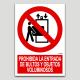 Prohibida l'entrada de paquets i objectes voluminosos