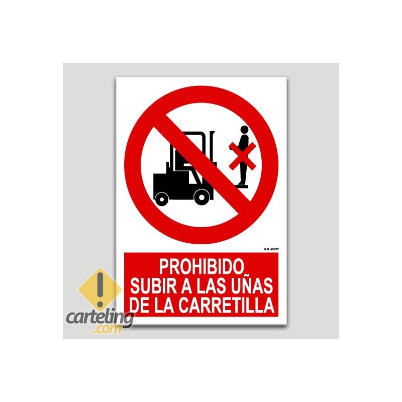 Prohibit pujar a les pales del carretó