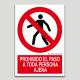 Prohibit el pas a tota persona aliena