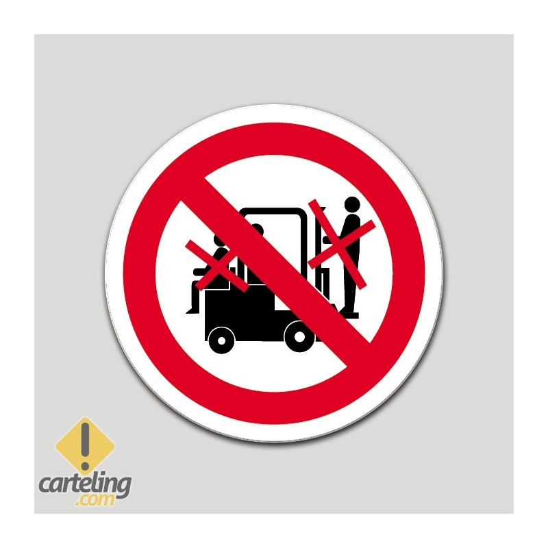 Prohibido transportar personas (pictograma)