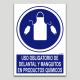 Uso obligatorio de delantal y manguitos en productos químicos