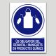 Ús obligatori del devantal i manguitos en productes químics